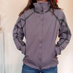 Mountain Hardwear softshell in Lilac